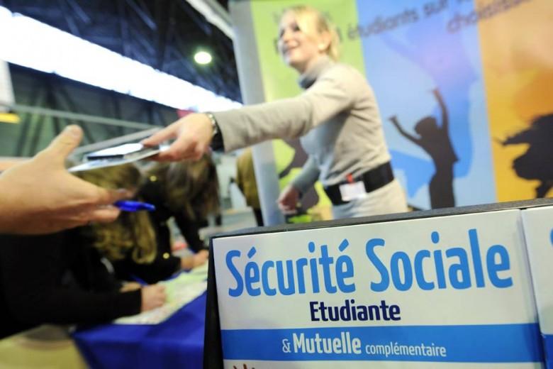Sécurité sociale étudiante : quel régime choisir ?