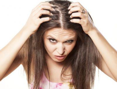 Comment lutter contre la perte de cheveux : astuces
